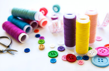 Color Threads And Sewing Acces...