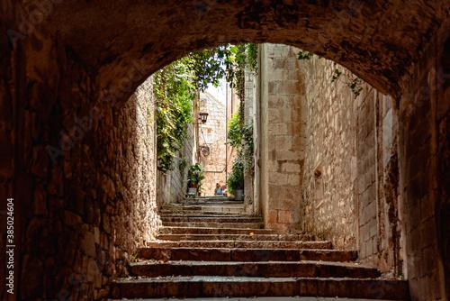 Fotomural A tunnel in Korcula Island, Croatia