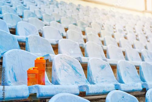 Obraz na plátně Lots of empty seats in the stadium