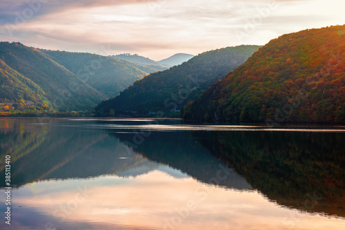 Fotografie, Tablou gilau lake of cluj country in evening light