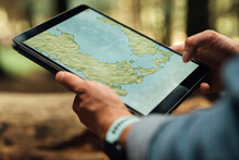 Close-up Of Mid Adult Man's Ha...