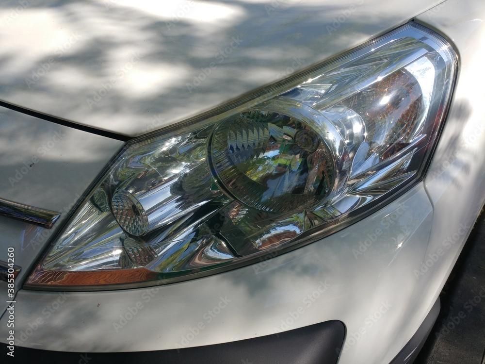 Fototapeta lampa samochodowa przednia światło auto biała