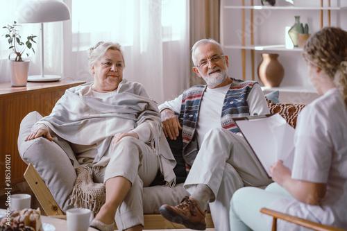 Fototapeta Older marriage and nurse