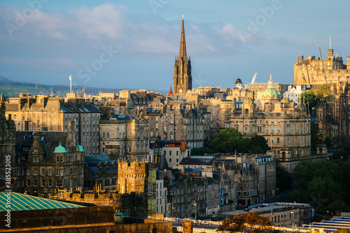 Obraz Edinburgh city skyline from Calton Hill., United Kingdom - fototapety do salonu