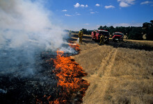 Self Contained Fire Trucks Dow...