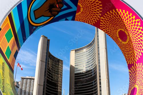 Naklejka premium Toronto, Canada - October 13, 2020: Toronto City Hall is seen through the letter