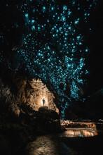 Glow Worm Cave In New Zealand Cueva Con Gusanos Brillanes En Nueva Zelanda