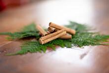 Small Pile Of Cinnamon Sticks ...