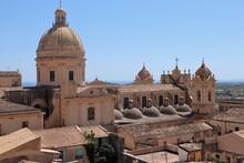 Noto - Cupole Del Duomo Dal Ca...