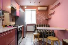 Interesting Kitchen In A Small Studio Apartment