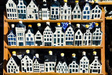 KLM Houses - Collection Of Del...
