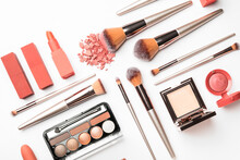 Set Of Makeup Brushes With Dec...