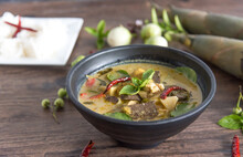 Chicken Green Curry With Bambo...
