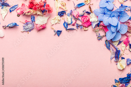 Fototapety, obrazy: Biodegradable confetti from real dried flowers