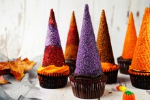 Halloween Witch Hat Cupcakes, ...