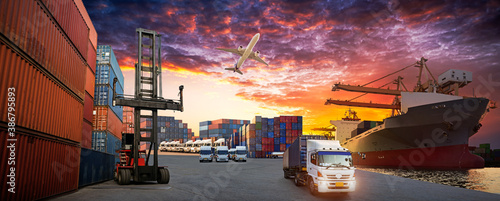Tela Industrial Container Cargo freight ship for Logistic Import Export concept, Cont