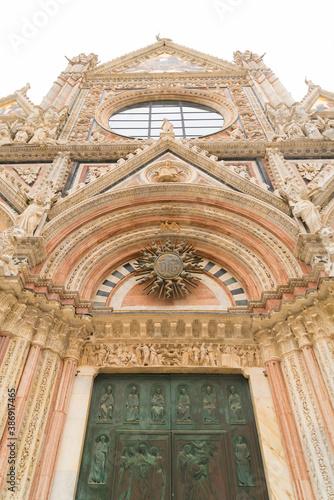 Naklejka premium Siena cathedral in italy