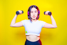 Fit Young Asian Woman Weight L...