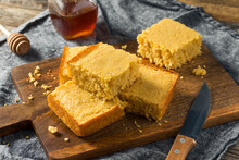 Sweet Homemade Corn Bread