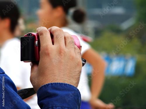 Fotografia, Obraz 小学校の運動会で記念撮影をする父兄