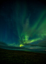 Aurora Over Vestmannaeyjar Tak...