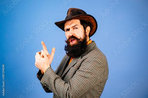 Fotografía Funny retro bearded man in vintage dress
