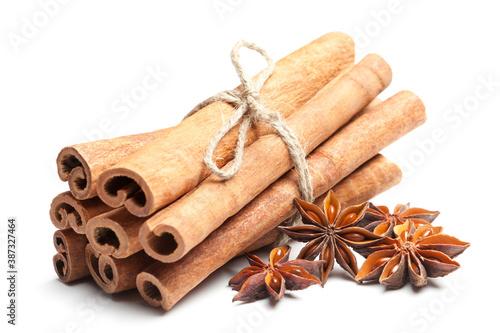 Fotografie, Obraz Anise stars and cinnamon sticks on white