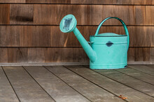 Old Fashioned Turquoise Wateri...
