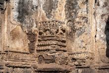 Prang Sam Yod The Ancient Monu...