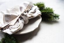 Table Setting For Christmas Di...