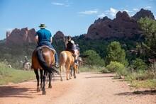 Horseback Tour Of The Garden Of The Gods In Colorado Springs