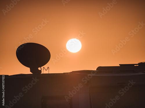 Obraz Satellite dish on roof of caravan - fototapety do salonu