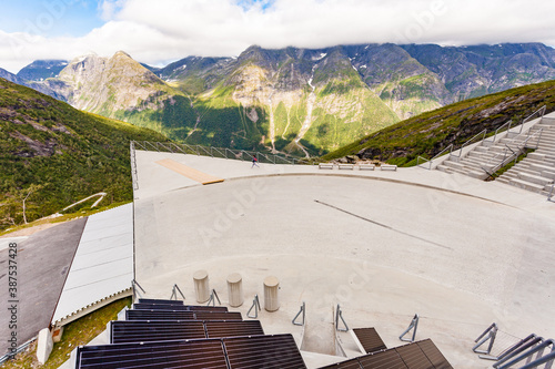 Photo Utsikten viewpoint in Norway