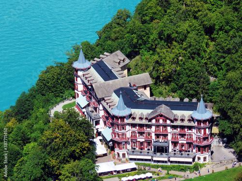 Grand Hotel Giessbach Above Lake Brienz And Next To The Waterfall Giesbach Falls Canton Of Bern Switzerland Grandhotel Giessbach Oberhalb Des Brienzersees Und Neben Den Giessbachfalle Schweiz Kaufen Sie