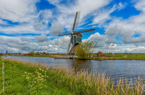 Fotografija The Alblasserwaard  is a polder in the province of South Holland, Netherlands