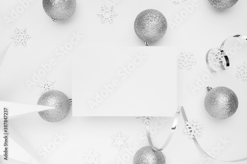 New Years party remnants with silver tones on a white elegant background Canvas-taulu