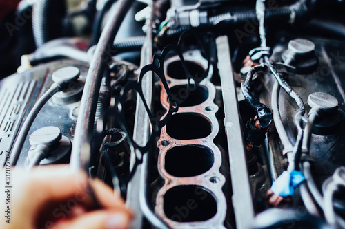 Cuadros en Lienzo intake manifold gasket for engine with V6 engine