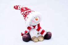 Tired Snowman, Joyful, Sitting, In A Cap, Bright Scarf