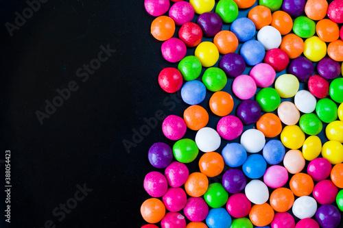 Skittles candy on the table, colorful sweet candy Tapéta, Fotótapéta