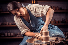 Charming Pottery Master Making...