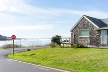 A Coastal Abode
