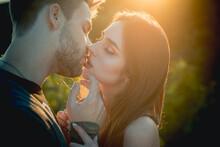 Romantic Kiss. Lovely Couple O...