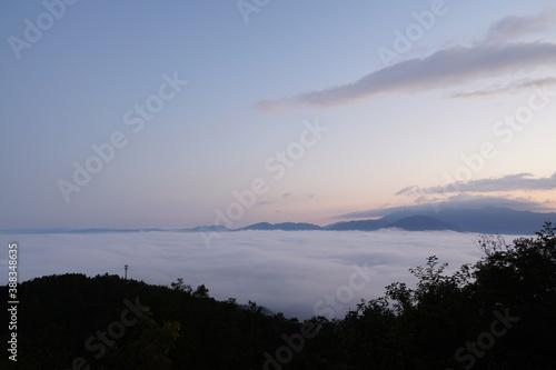 夜明け前の雲海 Fototapet