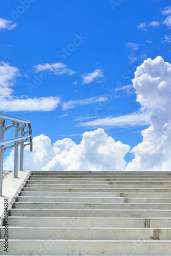 Canvastavla 青空と入道雲と階段