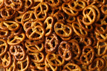 Tasty Salty Cracker Pretzels O...