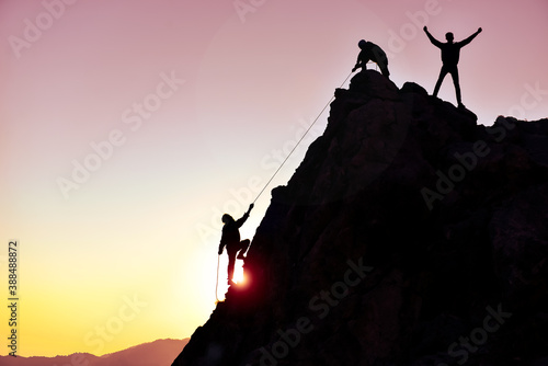 Papel de parede strong and collaborative teamwork