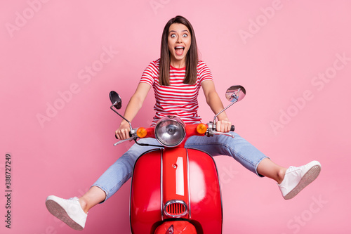 Fotografia, Obraz Portrait of her she nice attractive charming crazy carefree cheerful cheery girl