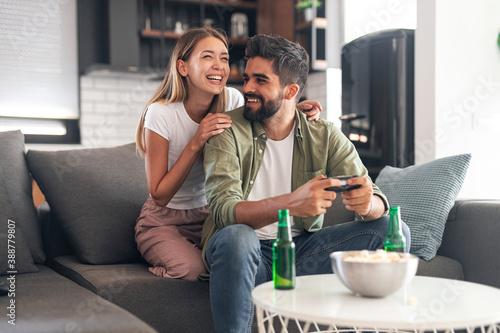 Fotografia Happy couple enjoying leisure time