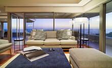 Home Showcase Interior Living ...