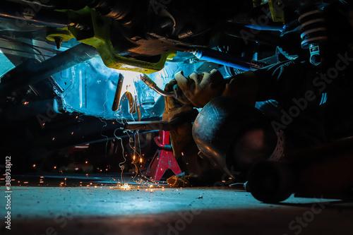 car repair garage spark Slika na platnu